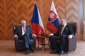 Setkání prezidenta Zemana a prezidenta Kisky na Slovensku
