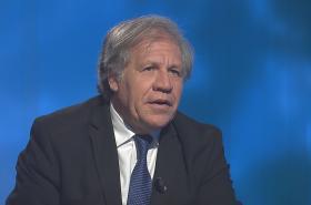 Luis Almagro během rozhovoru pro ČT
