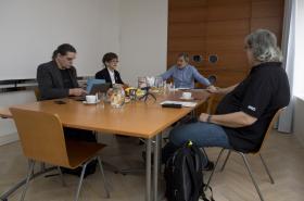 Jednání Rady ČTK: Zleva Pavel Foltán, Jaroslava Wenigerová, předseda rady Miroslav Augustin a Petr Žantovský (9.3.2018)
