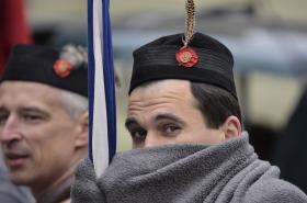 Sokolové u příležitosti 100. výročí vzniku ČSR pochodují Prahou