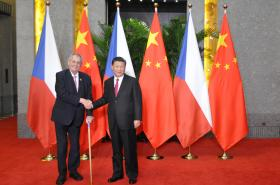 Miloš Zeman a Si Ťin-pching v Šanghaji