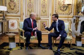 Donald Trump a Emmanuel Macron se sešli v Elysejském paláci