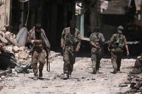 Arabsko-kurdské milice SDF ve městě Manbidž
