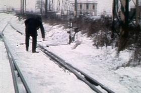 Sníh a mráz komplikoval i provoz na železnici