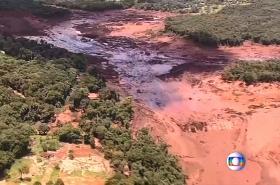 Protržená nádrž v Brazílii