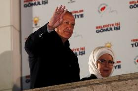 Recep Tayyip Erdogan slíbil příznivcům AKP nápravu chyb