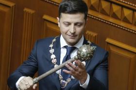 Volodymyr Zelenskyj se stal oficiálně prezidentem Ukrajiny