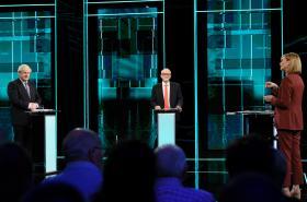 Boris Johnson a Jeremy Corbyn se střetli v televizní debatě stanice ITV