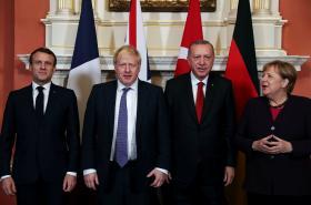 Lídři zemí NATO na okraji schůzky Aliance v Londýně