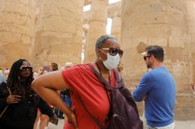 Turisté v egyptském Luxoru