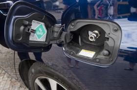 Toyota Mirai jezdící na vodík