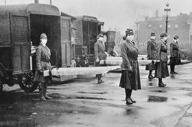 Epidemie španělské chřipky zasáhla svět v roce 1918
