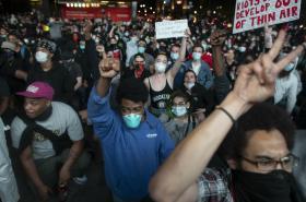 Protesty proti policejní brutalitě v New Yorku