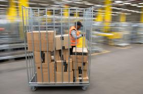 Distribuční centrum firmy Amazon