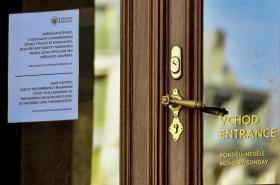Protikoronavirová opatření uzavřela Národní muzeum