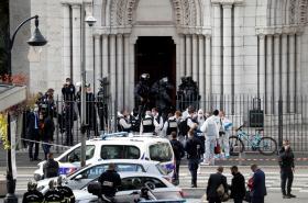 Místo útoku - bazilika Notre-Dame v Nice