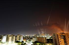Rakety mířící z Pásma Gazy na Izrael