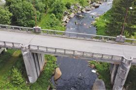 Stát chce prodat most pod Lipnem