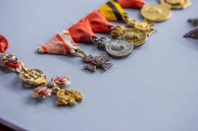 Řády a vyznamenání Františka Ferdinanda d'Este, které měl při atentátu v Sarajevu