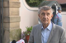 Brífink premiéra Babiše po jednání s prezidentem republiky v Lánech z 2. srpna
