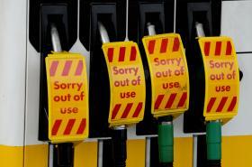 Uzavřená čerpadla na pumpě v Londýně