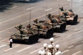 Muž proti tankům na náměstí Tchien-an-men