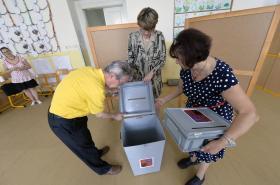 Členové volební komise