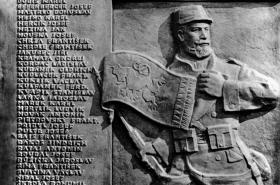 Pomník padlým legionářům roty Nazdar