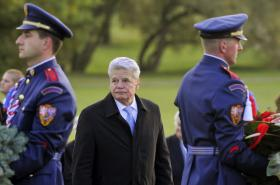 Německý prezident Joachim Gauck na návštěvě Lidic
