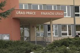 Úřad práce a finanční úřad