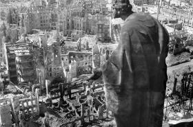 Drážďany po bombardování v roce 1945