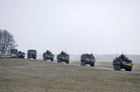 Americký vojenský konvoj vyráží z Estonska