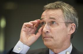Podle Stoltenberga Rusko dál vyzbrojuje separatisty