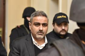 Abdulláh Zadeh přichází k soudu