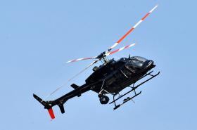 Vrtulník hlídá Velkou cenu v Brně