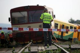 Nehoda vlaku a traktoru ve Vnorovech