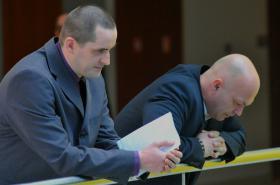 Policisté Zemánek a Kölbl čekají na rozusudek