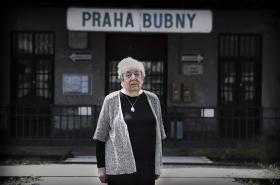 Bubenské nádraží se stalo před 75 lety mlčenlivým dějištěm židovských transportů smrti. Vypovídá o nich i jedna z posledních žijících pamětnic