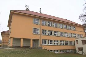 Budova školy v Želešicích na Brněnsku