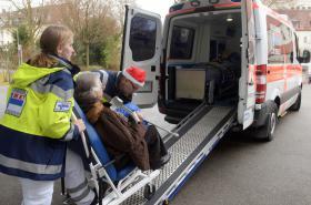 Evakuace nemocnice v bavorském Augsburgu