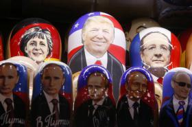 Podobizna nového amerického prezidenta na populární matrjošce
