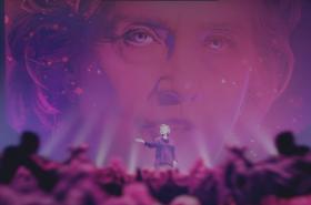 Z traileru k filmu Amerika podle Hillary