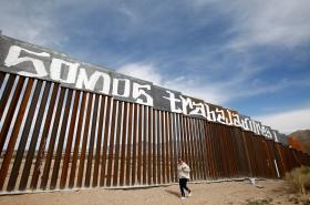 Trumpův plán počítá s posílením dosavadních bariér na hranicích