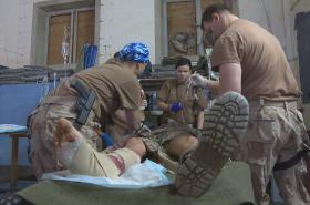 Český chirurgický tým v Iráku