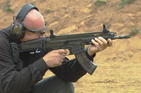Útočná puška Bren 2