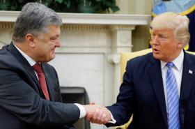 Prezidenti Porošenko a Trump v Bílém domě