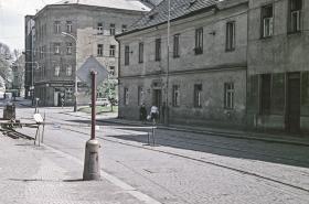 Perexové fotky Žižkova před asanací a dnes