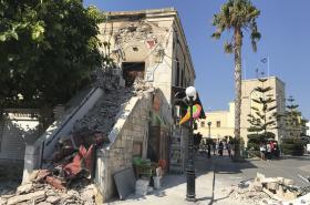 Mešita na ostrově Kos poškozená zemětřesením