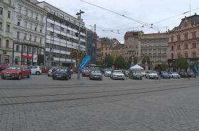 Autobazar na náměstí