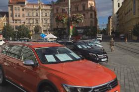 Výstava aut na náměstí Svobody končí